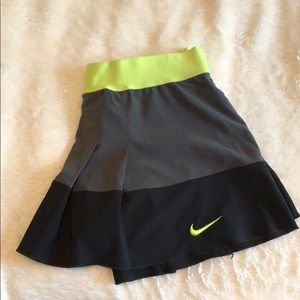 EXCELLENT CONDITION tennis skirt